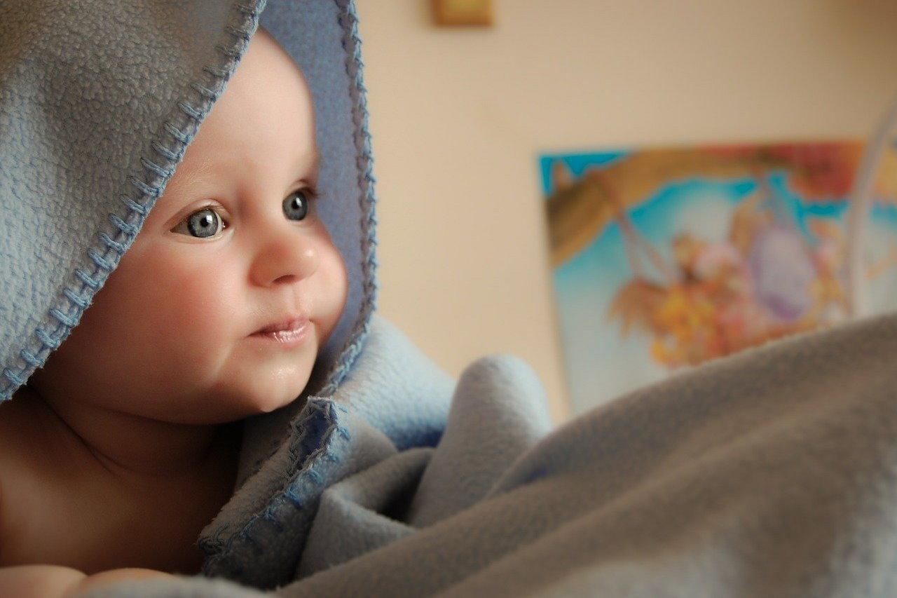 Dbanie o skórę noworodka